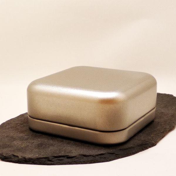 Seifendose aus Weißblech - Quadrat geschlossen